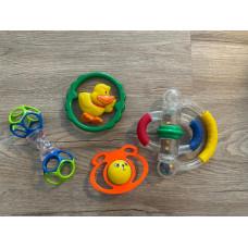 Baby Spielzeug Rassel O-Ball Set