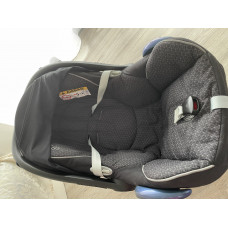 Original  Maxi cosi Babyschale cabrio fix
