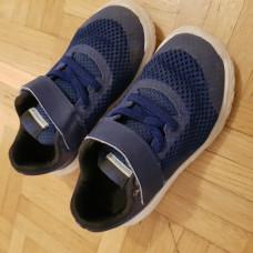 Nike Turnschuhe Grösse 26